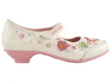 Le calzature della linea Baby-Diva non sono di sicuro adatte per