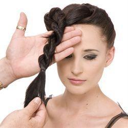 Taglio di capelli pin up