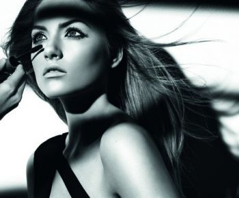 Makeup on Makeup On Di Copertina Dell Articolo False Lash Effect Fusion Max